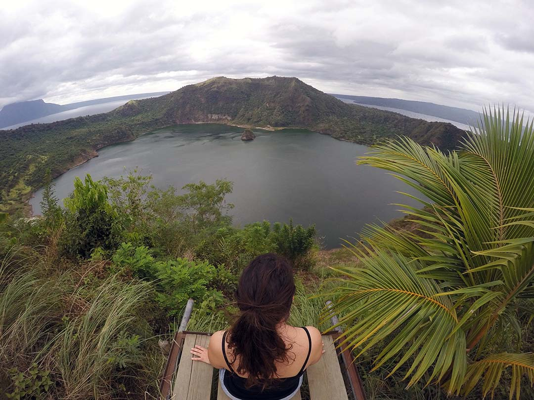 Point de vue du Taal Volcano aux Philippines
